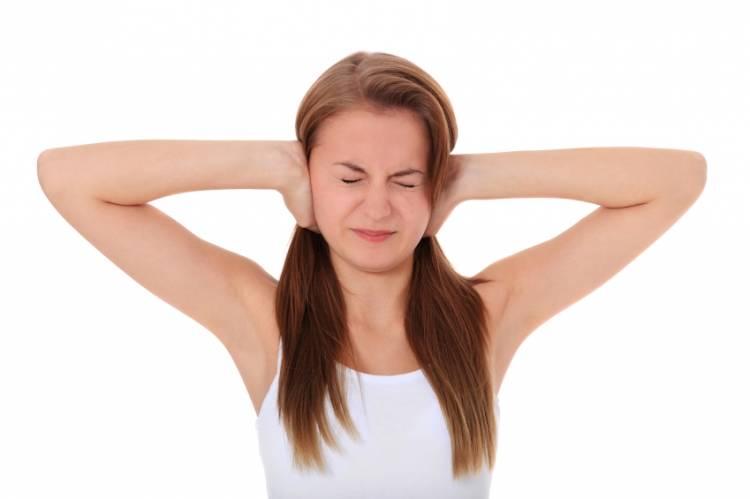 ansiedad de salud presión del oído