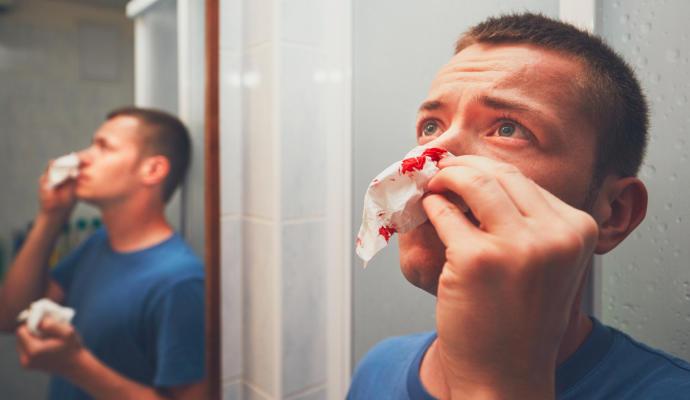 Lesión en la cabeza por hemorragias nasales